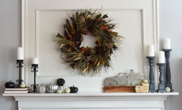 Fall Farmhouse Mantle Decorations