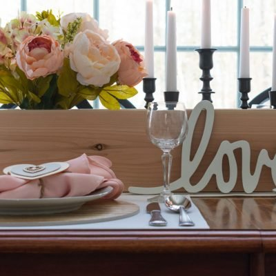 Budget Friendly Valentine's Day Tablescape