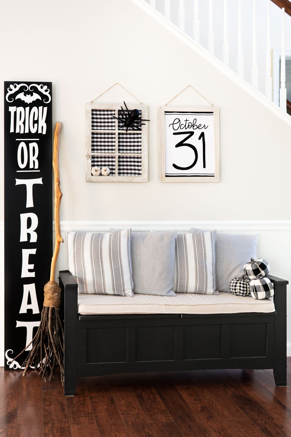 Trick or Treat Hanging Sign House Wall Door Decor Halloween