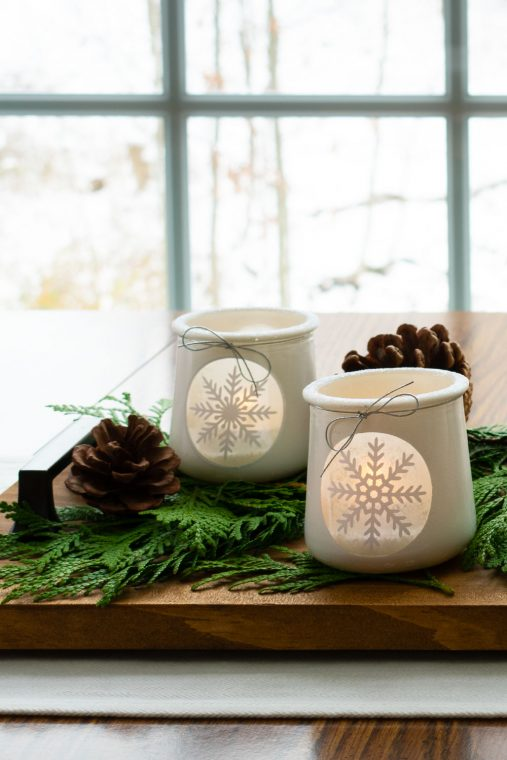 DIY holiday centerpiece for your dining room table.