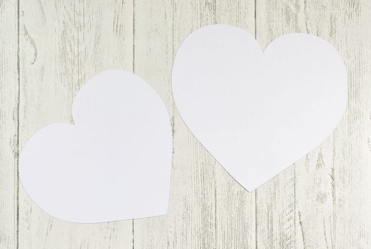 Templates to make the burlap heart pillow.