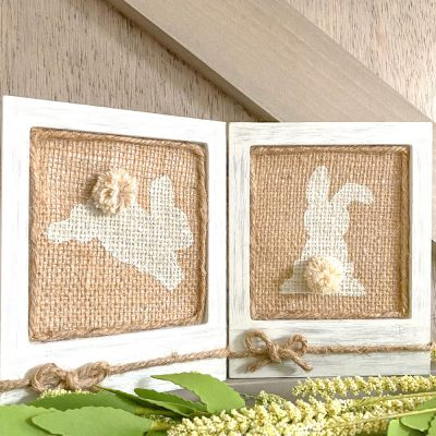 How To Make Easy DIY Burlap Bunny Frames For Easter