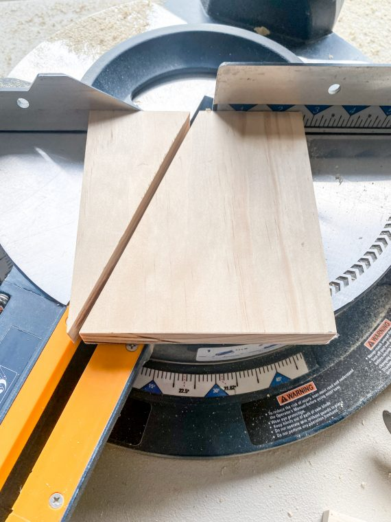 How to cut the angle for the end boards on a built-in wall organizer or mail holder.