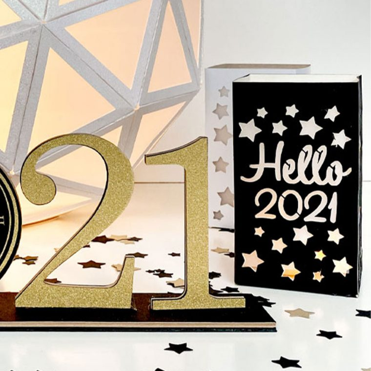 2021 Paper Lanterns for New Year's decorations.