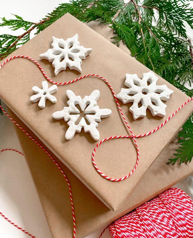 DIY Christmas Ornaments - Snowflake Craft