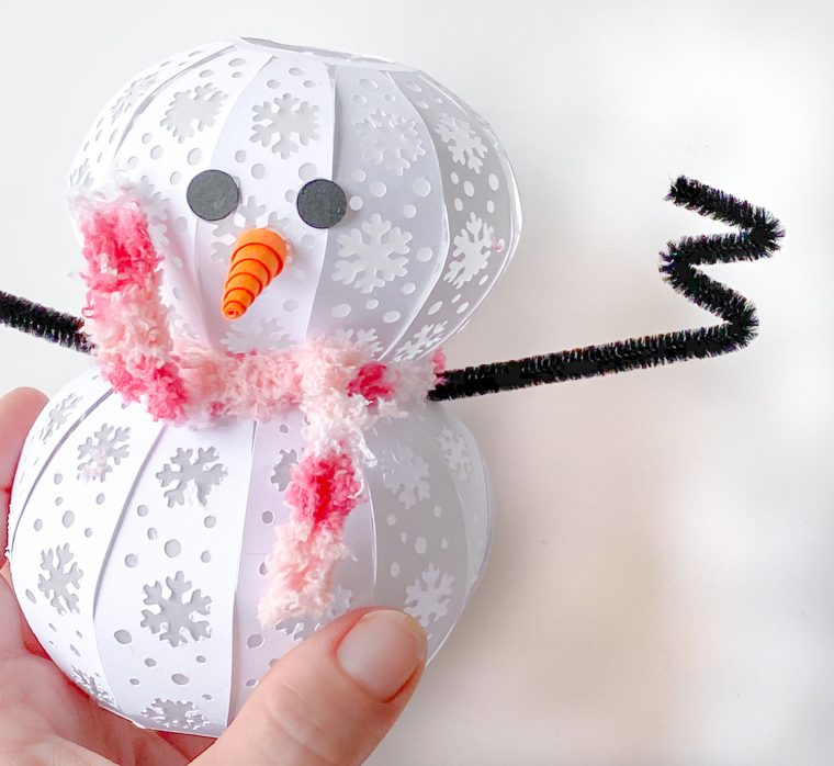 How to fold the chenille stem for paper snowman craft arms & hands.