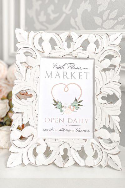 Free spring printable Fresh Flower Market sign for your home decor.