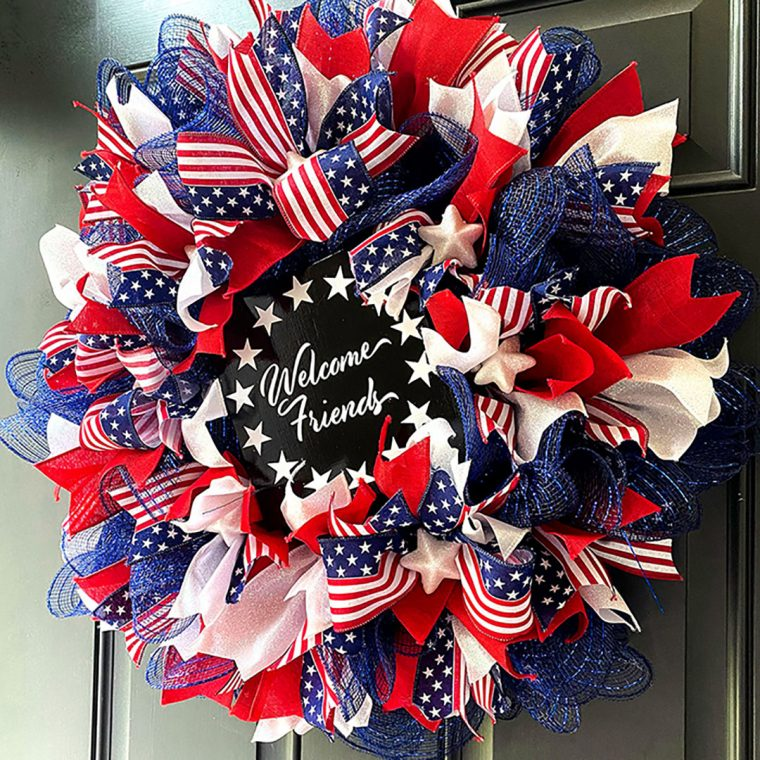 How to make a patriotic ribbon wreath.